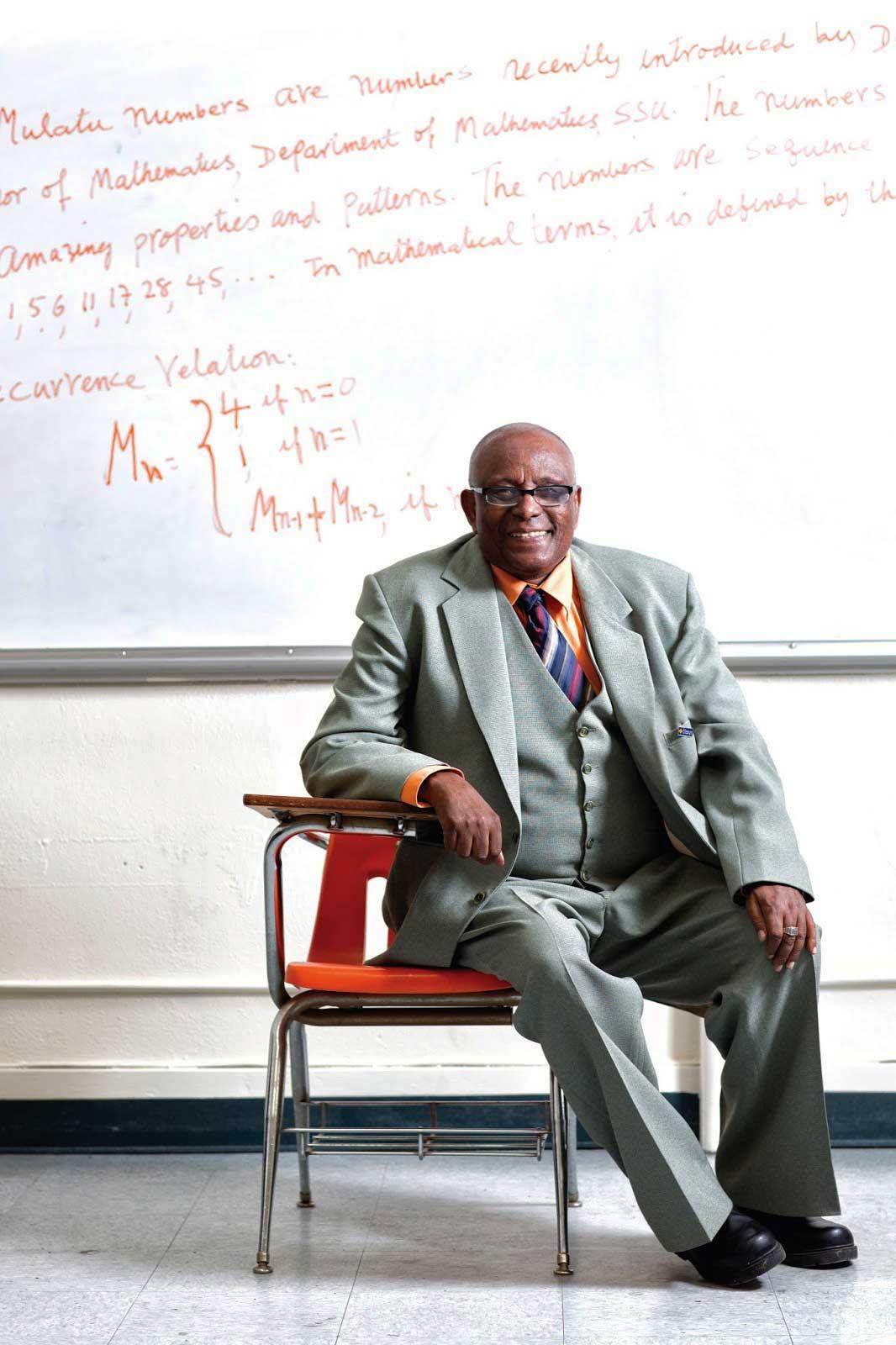 Ethio-American math professor receives presidential award - The Reporter Magazine | Ethiopian Magazine